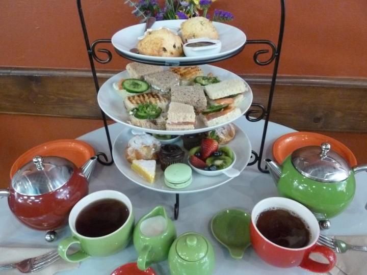 French Metro Tea for three